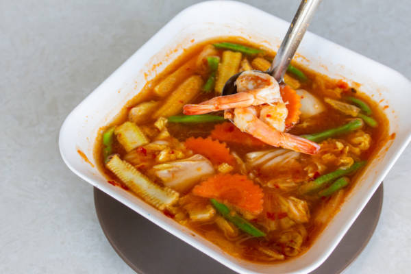 Hot and sour soup with shrimp and mixed vegetables